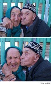Awwww. Kisses.